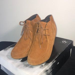 Suede In Style